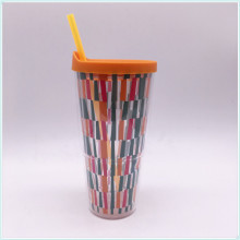 2016 New Design High Standard Promotional Plastic Fruit Juice Cup with Straw