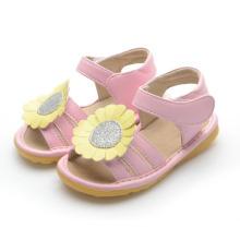 Розовые детские скрипучие сандалии с большим желтым подсолнухом Размер 3-9