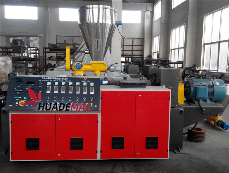 65 Pic Twin Screw Extruder