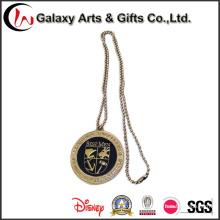 Pin отворотом производителей Китая изготовленный на заказ Логоса знака с цепью