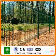 diseño de valla de hierro con recubrimiento de pvc