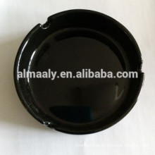 Schwarzer Keramik-Aschenbecher