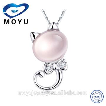 Pendentif opale significatif pour fille et femme