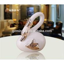 Wholesale resin figurine door welcome animal statue popular swan shape figurine