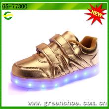 Neueste Baby Kinder Schuhe mit LED-Licht für 2017 Ss