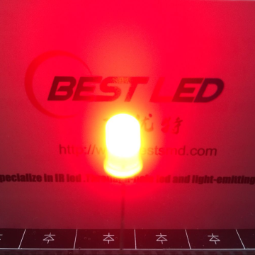Alto brillo 5mm rojo 625nm LED de orificio pasante
