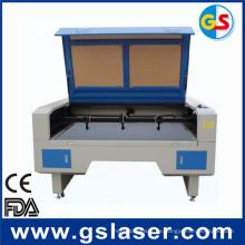 CCD-Kamera-Laser-Ausschnitt-Maschine für Stickerei-Abzeichen durch CER