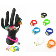 Newest Arrival Sales Custom Embossed Silicone Ring with Raibow Color