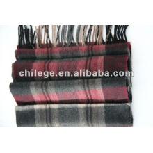 écharpe à carreaux en laine / écharpes