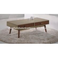 Mesa de centro de madera con cajón
