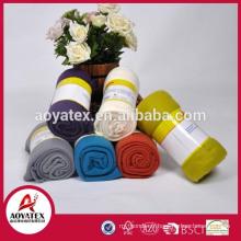 Accueil textile 100% polyester pleine taille en gros personnalisé en relief polaire couverture