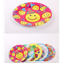 Placas de papel redondas ovales disponibles encantadoras preciosas para el partido