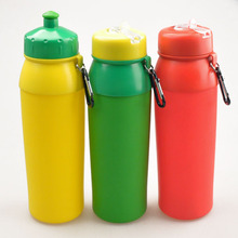 750ml Garrafa de água flexível do silicone dobrável, garrafa de água portátil dobrável