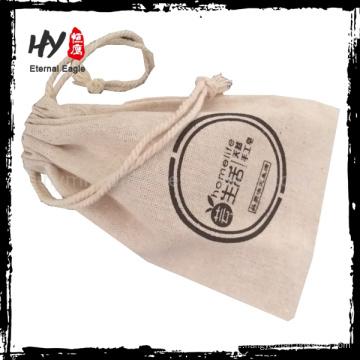 Heiß zu empfehlende kundengebundene Logo gedruckte Segeltuch-Zugschnurbeutel mit Qualität