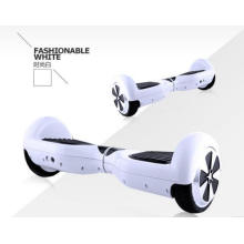 Blanco de dos ruedas scooter inteligente JW-01