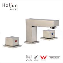 Haijun Hot Selling The cUpc Deck montado 3 furos Torneira de banheiro de alça dupla