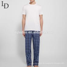 Loser, bequemer, atmungsaktiver, karierter Herren Pyjama