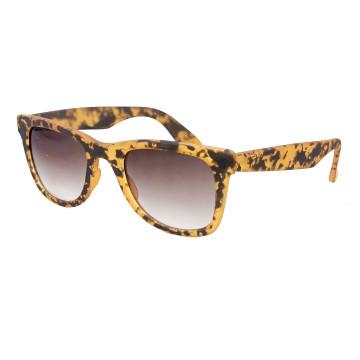 New Designer Fashion Simple Elegant Unisex Quality Sunglasses with UV400