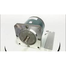 220V 130mm 145W 60rpm 8,5 Nm Motor de CA síncrono para máquina de embalaje de huecograbado