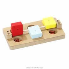Brinquedos interativos e divertidos de madeira tratada com inteligência para animais de estimação