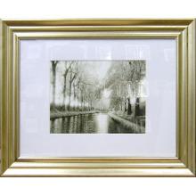 Goldene Bilderrahmen Foto für Hall