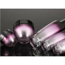 Bouteilles et bocaux en verre à dégradé violet