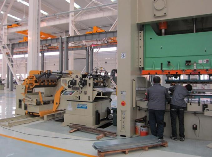 High Speed Punching Machine Feeder Uncoiler‎ Straigthener Nc Servo Feeder