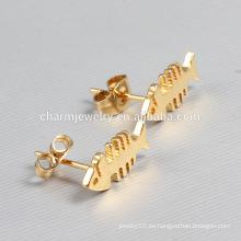 Venta caliente de oro precioso pescado de acero inoxidable Stud Earrings para las mujeres ZZE015