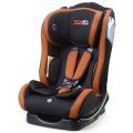 Baby-Autositz mit orange Begrünung