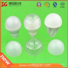 Especializada en la producción de plástico bombillas LED y velas bombillas