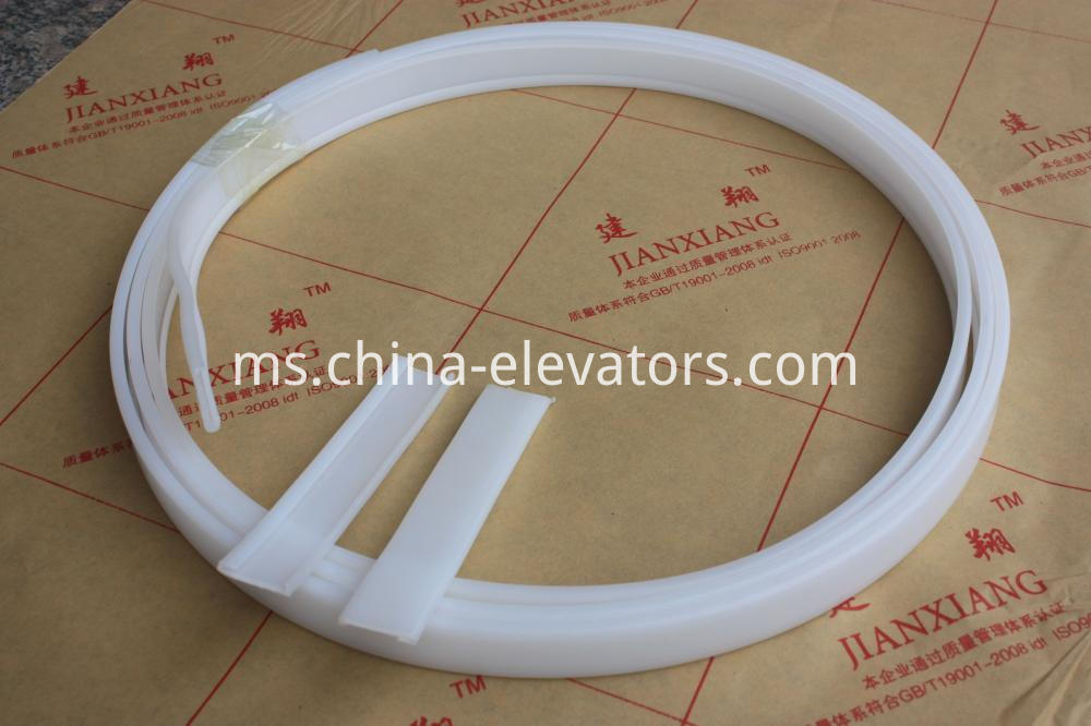 White Plastic Wearing Strip for OTIS Escalator Handrail