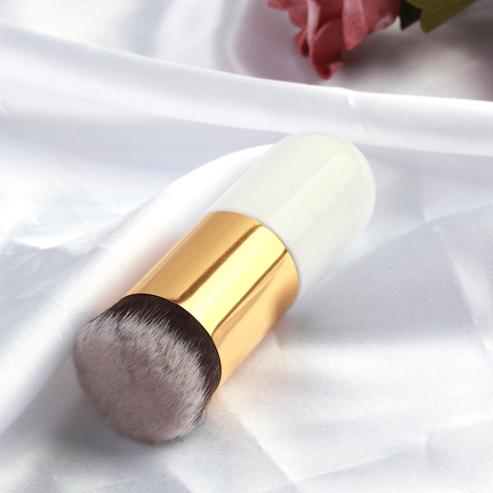 Single Foundation Makeup Brush 7