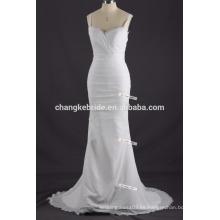 Simple fuera del hombro largo vestido de sirena de gasa de la boda