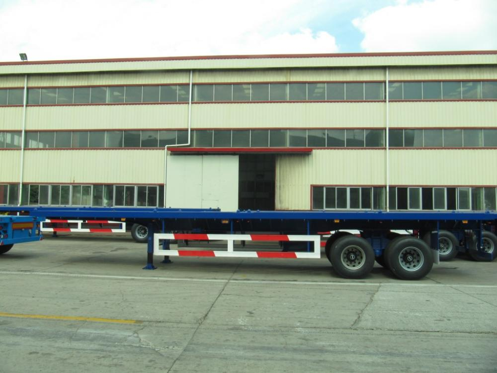 40 'Two Axle Flatbed con Boggie Suspension Semi-Trailer
