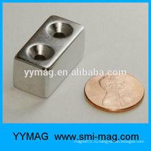 Хорошее качество блока нео / неодимовый магнит с отверстиями