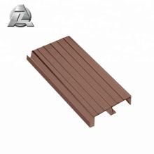 perfil de decks de pontão de alumínio cor de madeira