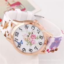 Hecho en China bajo precio personalizado de diseño de las mujeres de cosecha de silicona baratos relojes