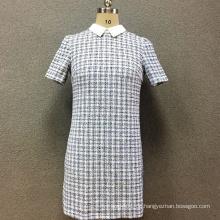 Kurzärmliges Kleid aus Polyestergarn der Frauen