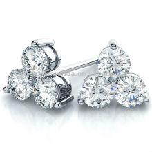 Venta al por mayor pendiente de perlas de flores para las mujeres encanto joyería fabricante