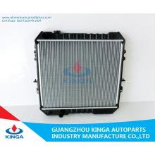 Alto rendimiento para radiador de coche Toyota para Hilux 2.4 / 3.0'89-Ln85 (D)