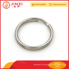 Llavero de metal personalizado de aleación de zinc de gama alta