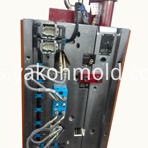 Automotive door plastic injection mould