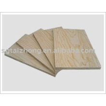Hochwertiges Kiefernsperrholz