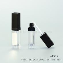 Empaquetado vacío del tubo del lustre del labio llevado con la luz del espejo encima del brillo del labio