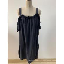 Черные платья с открытыми плечами для дам