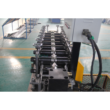 Roof Angle Forming Machine