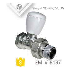 EM-V-B197 Válvula termostática del radiador del control de cobre amarillo de la temperatura cromada