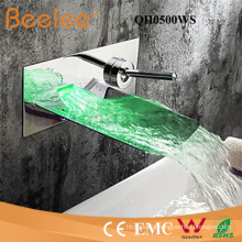 Chromed Plated with Stainless Steel Spout LED Bathtub Rainfall Wall Mount Faucet