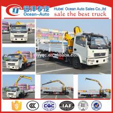 O novo design China fabricação DFAC 4 * 2 caminhão leve guindaste com 2 toneladas