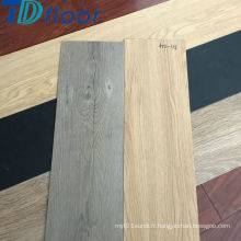 Plancher en vinyle coloré de PVC de nouveaux conceptions populaires avec le dos sec